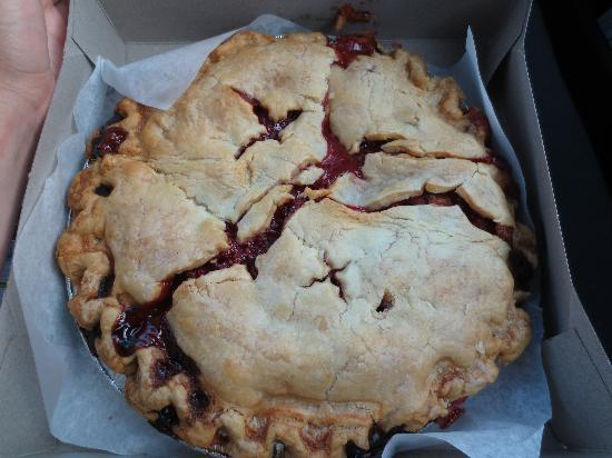 Crane's Pie Pantry: Raspberry Rhubarb -YUM!!