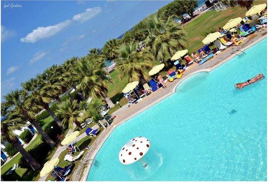 Alex Beach Hotel: Pool