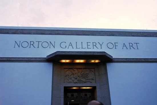 Norton Museum of Art: Entrance from Outdoor Garden Area back inside to Exhibits