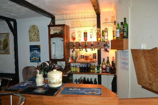 The Sandpiper Guest House: Bar