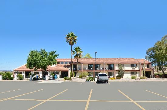 Quality Inn Wickenburg: Exterior
