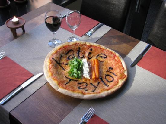 Casa Nostra Limerick : Katie Taylor pizza............