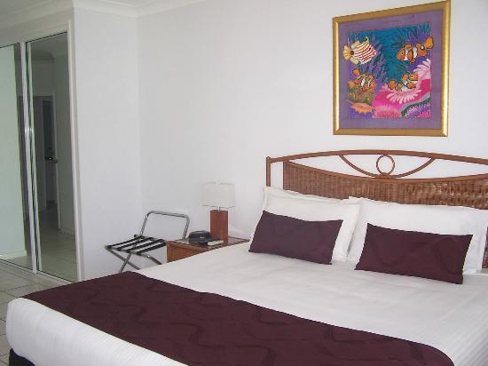 Beachfront Apartments on Trinity Beach: King bed in Master bedroom