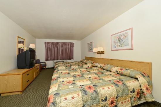 Rodeway Inn & Suites: Queen Room