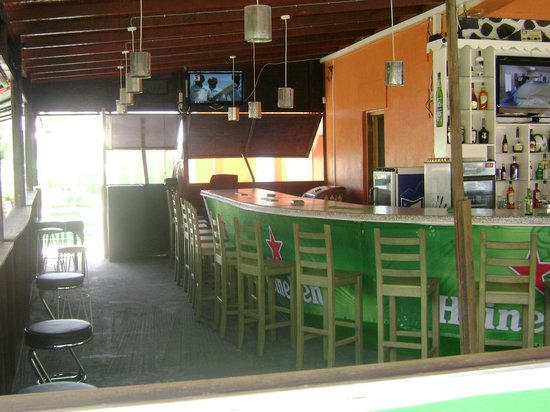 Club Whispers Restaurant & Bar : Sports bar area