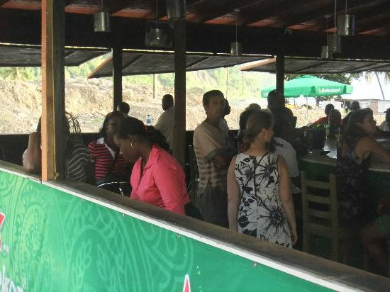 Club Whispers Restaurant & Bar: Outdoor bar area