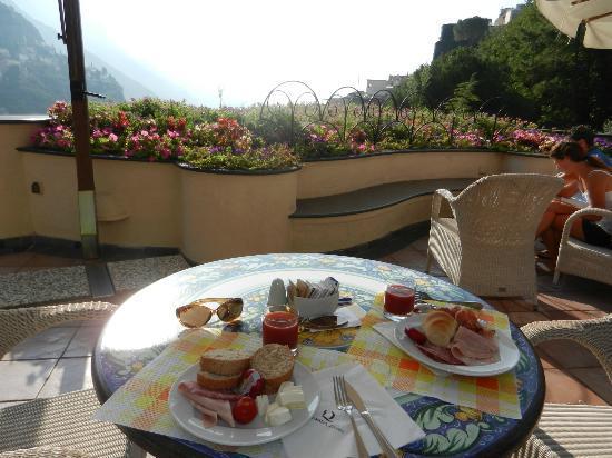 Hotel Royal Positano: colazione su panorama