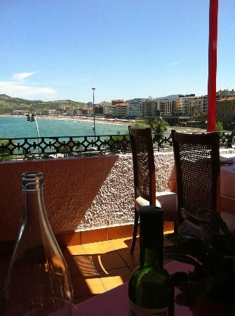 Aiten Etxe: the view from our table