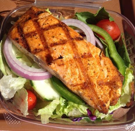P.J.'s Family Restaurant: garden salad with Cajun salmon