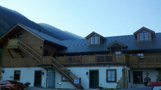 Hotel Chateau Chamonix: Hotel Exterior