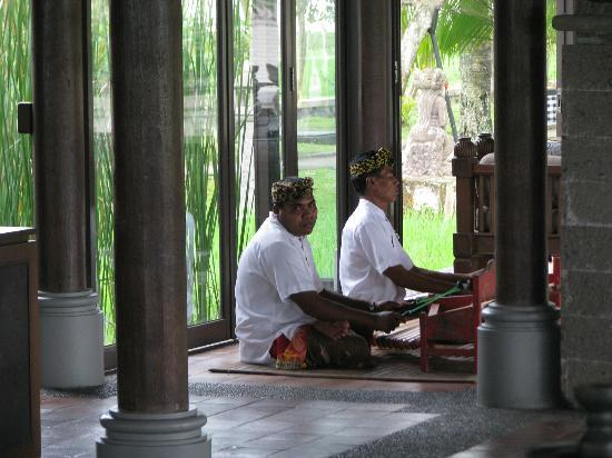 The Chedi Club Tanah Gajah, Ubud, Bali – a GHM hotel: dining area