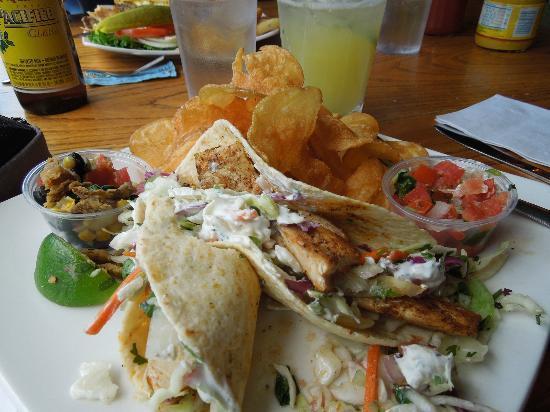 Boathouse Cantina : Baja Fish Taco!