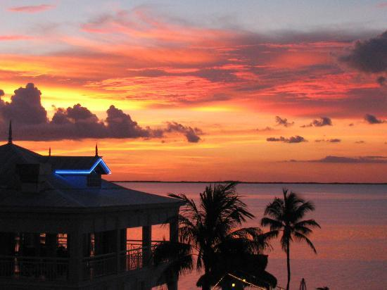 Marriott Key Largo Bay Beach Resort: Great sunset