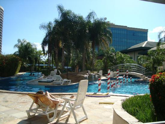 Promenade Barra First: Área da piscina
