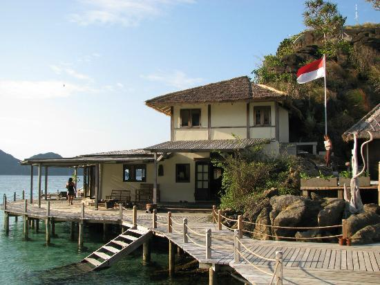 Misool Eco Resort: resort - dive centre