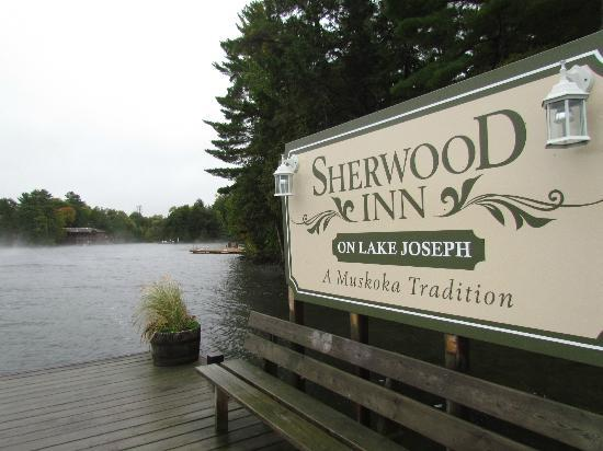 Sherwood Inn: one of the docks
