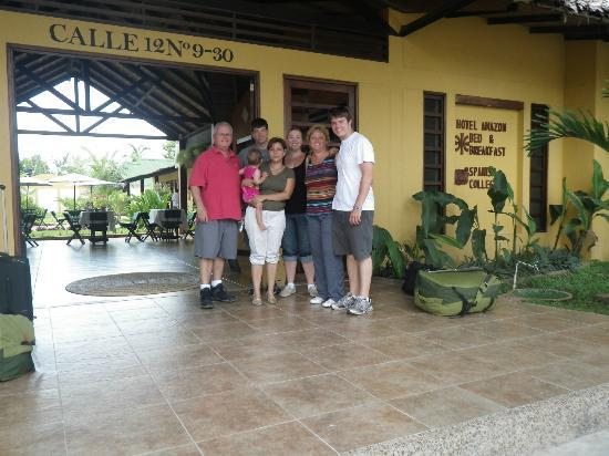 Hotel Amazon Bed & Breakfast : Our family with Alejandra