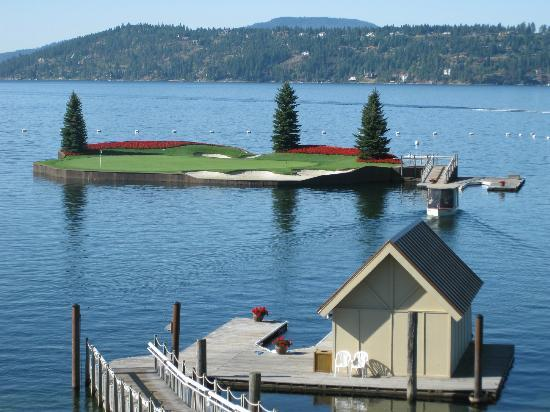 Coeur d'Alene Resort Golf Course: Floating green