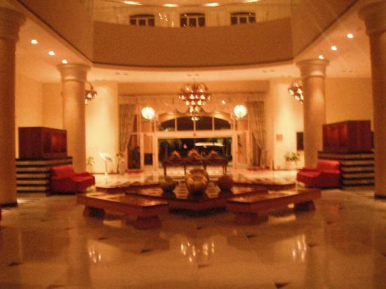 Iberostar Rose Hall Suites : Le lobby