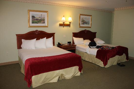 Bar Harbor Grand Hotel : comfortable beds