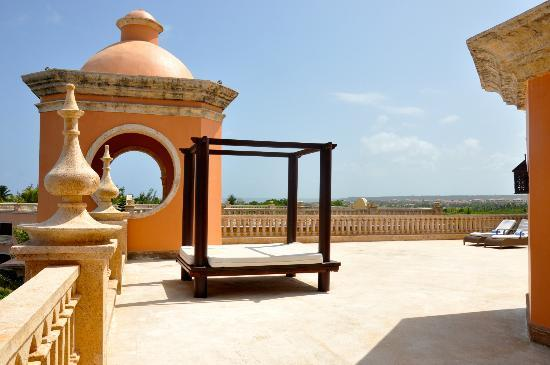 Sanctuary Cap Cana by AlSol: Terrace at the Junior Suite Ocean View