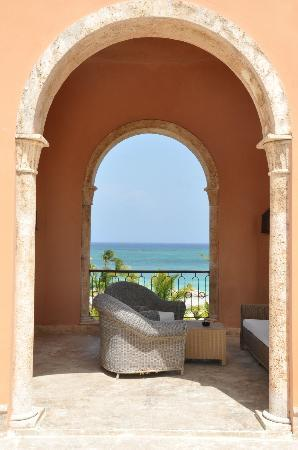 Sanctuary Cap Cana by AlSol: Terrace at the Junior Suite Ocean View.