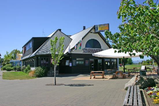 The Ranch Cafe Bar & Grill: The Ranch Bar & Grill Te Anau NZ