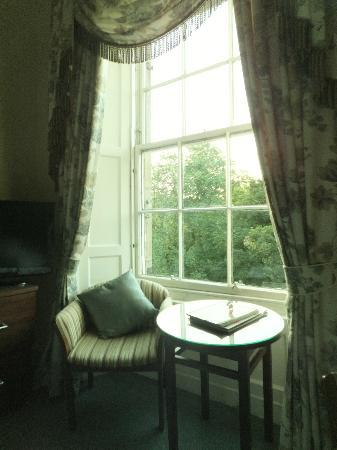 The Royal Scots Club: Hotel room