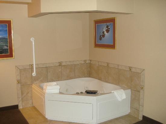 Hotel Glenwood Springs: Great jacuzzi