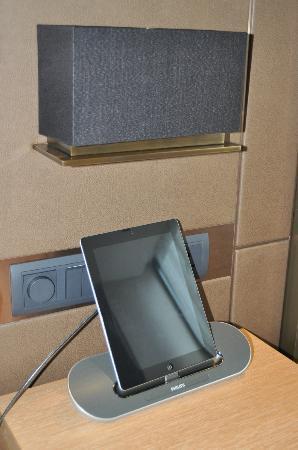 L'hotel élan : An iPad for you