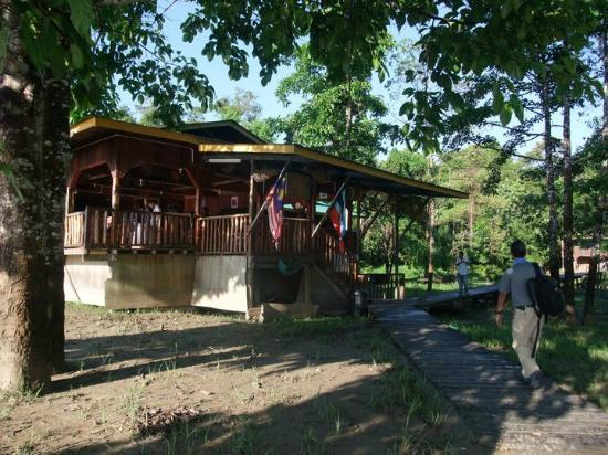 Bilit Adventure Lodge: dining house