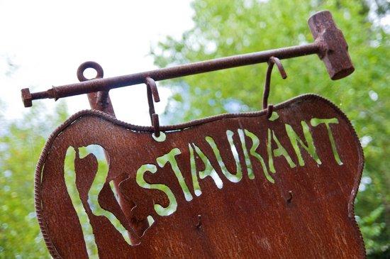 Oakdene Vineyards Restaurant: Signage