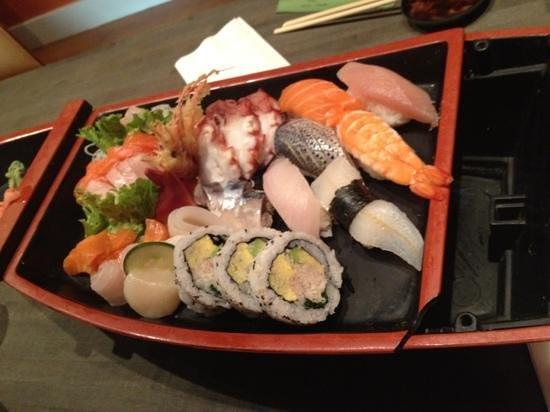 Kyoto Japanese Cuisine: love boat!! yummy!