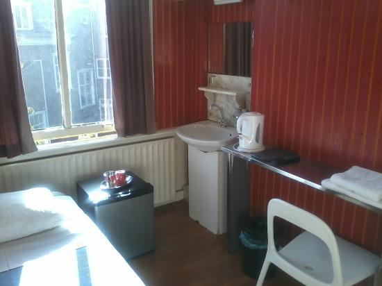 Hotel Pax: my num. 15 room