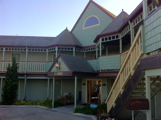 Cayucos Shoreline Inn...on the beach: Eingangsbereich
