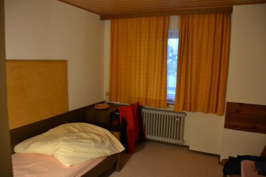 Hotel Garni Brunnthaler: Groß und geräumig