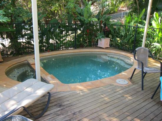 Port Douglas Cottage & Lodge: Pool