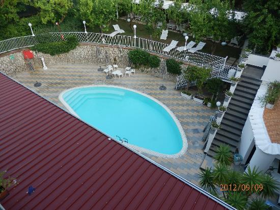 Hotel Capri : View from my balcony.