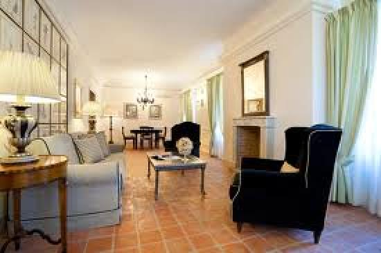 Relais Sant'Uffizio Wellness & SPA: Picture of Family Suite as advertised on website far different from reality...