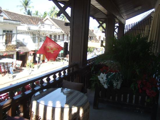 "Luang Prabang Bakery Guesthouse : ""Far"" balcony room (Room#5?)"