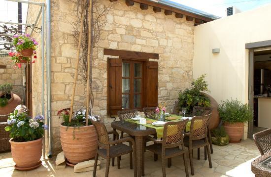 Arsorama Village Homes : Interior Garden