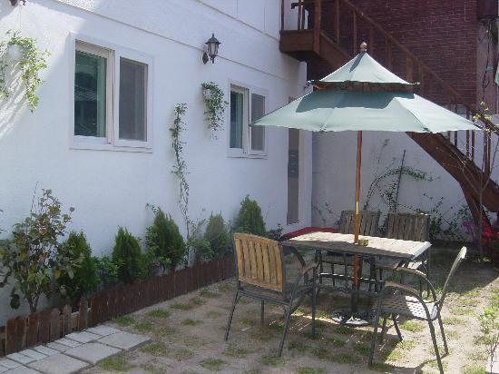 Dongdaemun 2C House : 정원