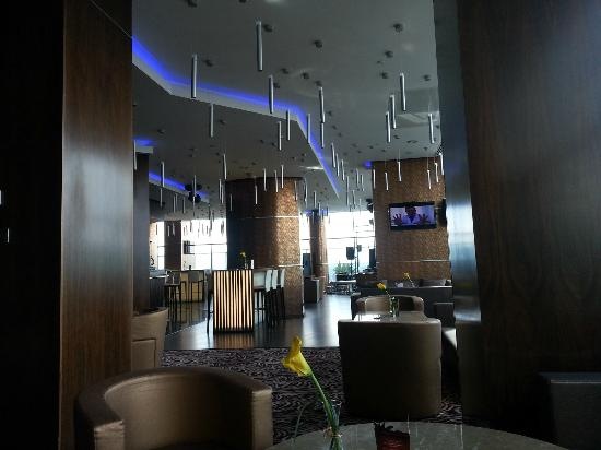 Kharkiv Palace Premier Hotel : Bar at the top Floor