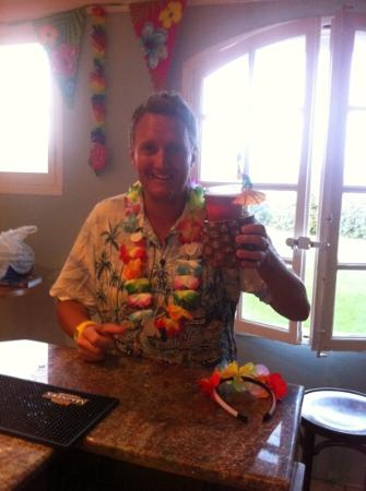 Chez Hesketh : bobby on hawaiian night