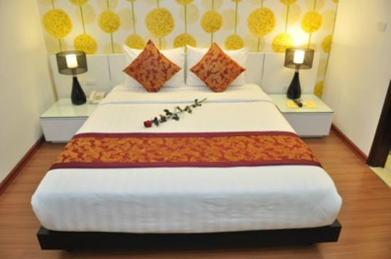 Hanoi Legacy Hotel Hoan Kiem: Superior Room