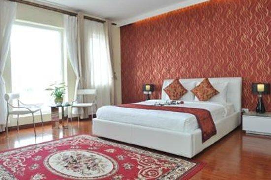 Hanoi Legacy Hotel Hoan Kiem: Deluxe City View