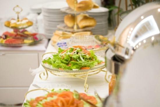 Hanoi Legacy Hotel Hoan Kiem: Buffet Breakfast