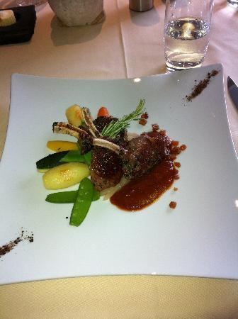 restaurant du Schild : Extremely tender juicy Swiss Lamb Chop