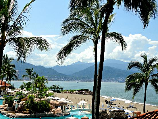 Marriott Puerto Vallarta Resort & Spa: Pool area