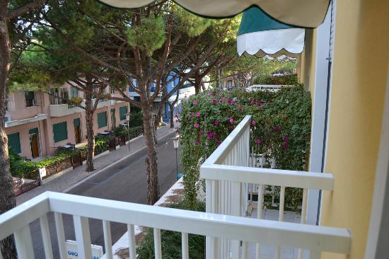 Grottamare Hotel: view from balcony